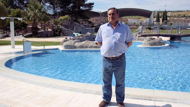 La piscina municipal de verano abre ma ana sus puertas con for Piscina municipal cordoba